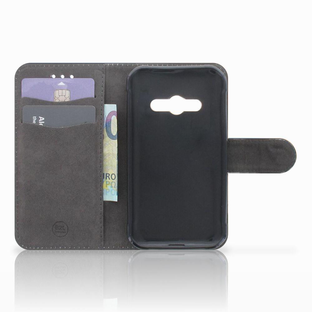 Samsung Galaxy Xcover 3   Xcover 3 VE Telefoonhoesje met Pasjes Koe