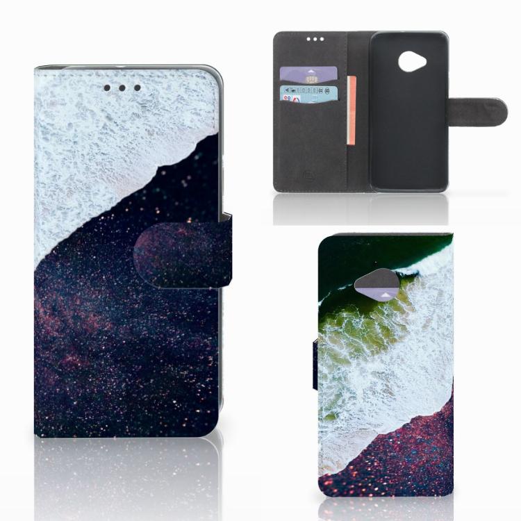 HTC U11 Life Bookcase Sea in Space