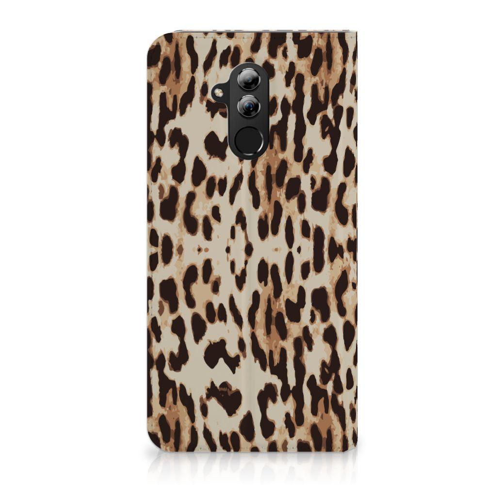 Huawei Mate 20 Lite Uniek Standcase Hoesje Leopard