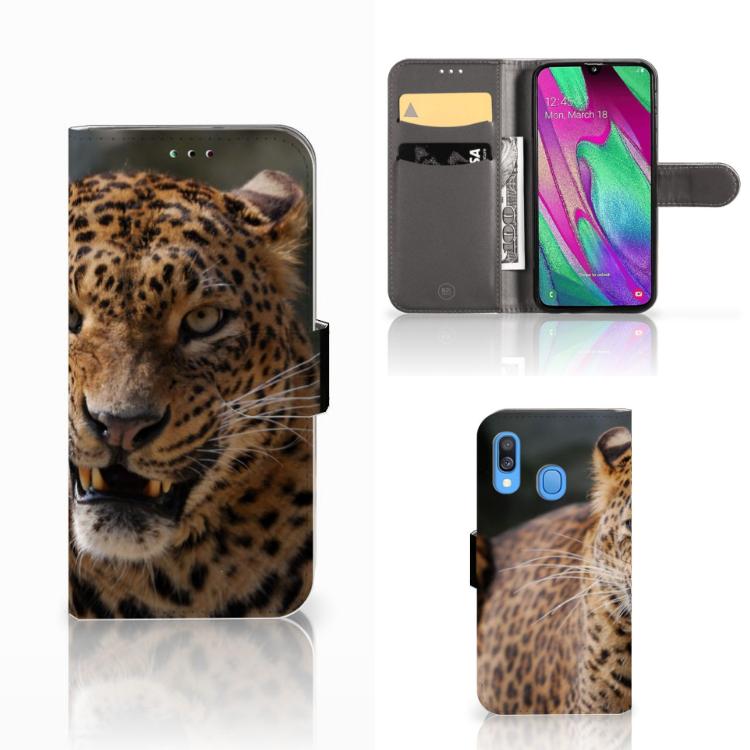 Samsung Galaxy A40 Telefoonhoesje met Pasjes Luipaard