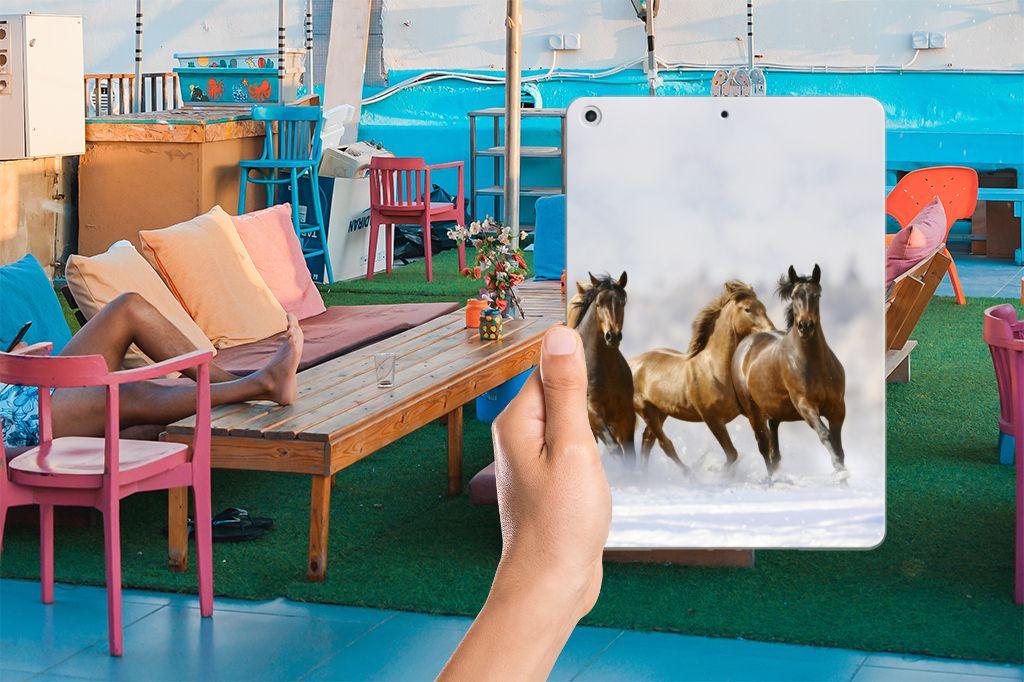 Apple iPad 9.7 2018   2017 Back Case Paarden