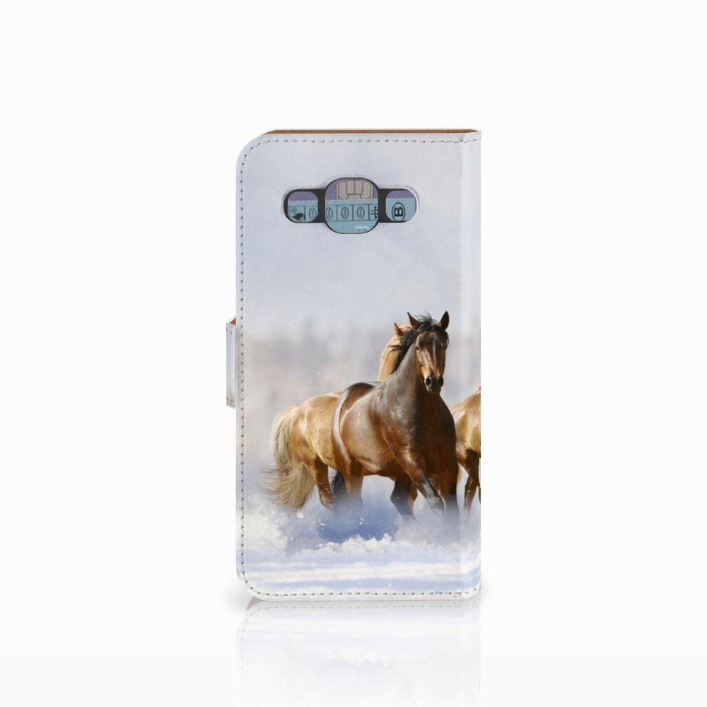 Samsung Galaxy E5 Telefoonhoesje met Pasjes Paarden