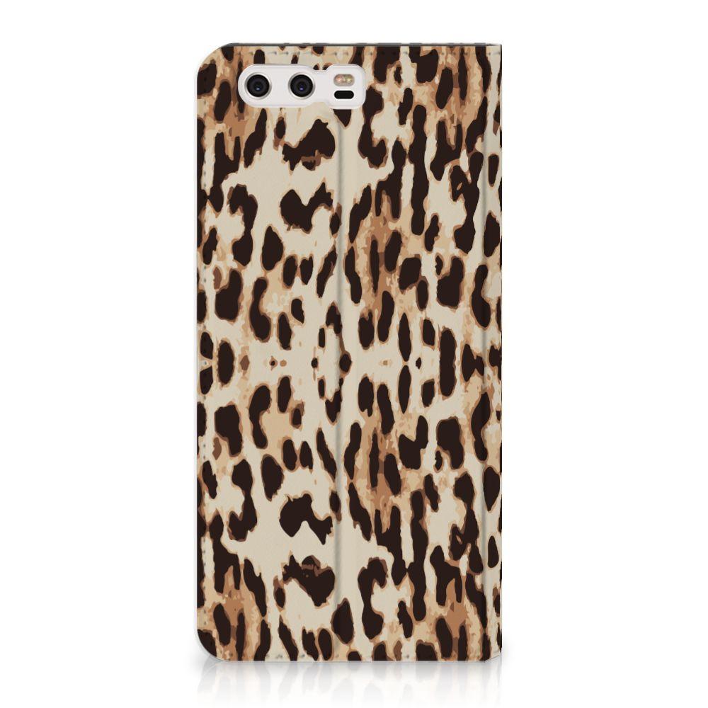 Huawei P10 Plus Uniek Standcase Hoesje Leopard