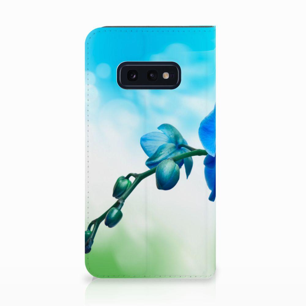 Samsung Galaxy S10e Standcase Hoesje Design Orchidee Blauw