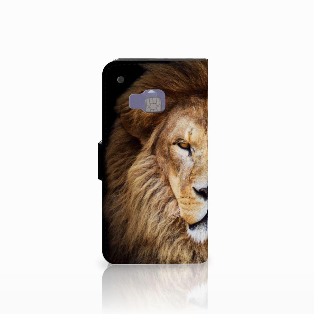 HTC One M9 Telefoonhoesje met Pasjes Leeuw