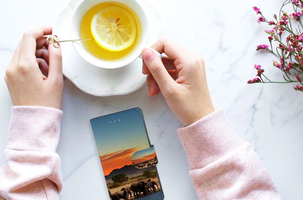 Samsung Galaxy J3 2016 Telefoonhoesje met Pasjes Olifanten