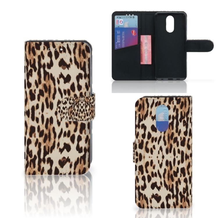 LG Q7 Telefoonhoesje met Pasjes Leopard