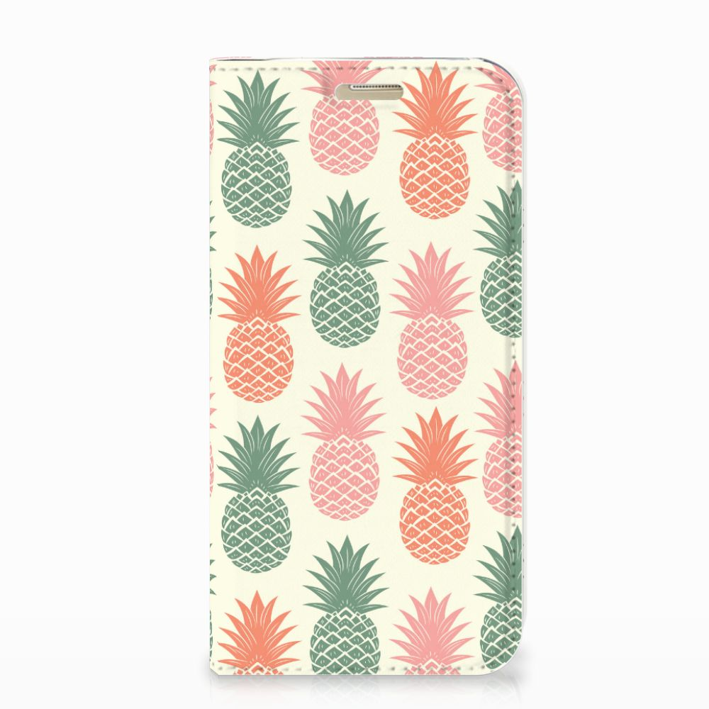 Samsung Galaxy A3 2017 Flip Style Cover Ananas