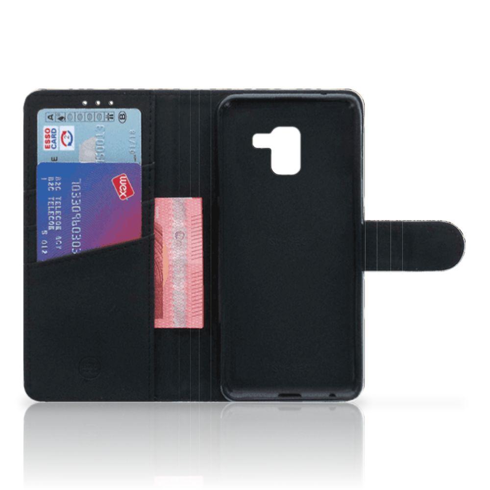 Samsung Galaxy A8 Plus (2018) Telefoonhoesje met Pasjes Leopard