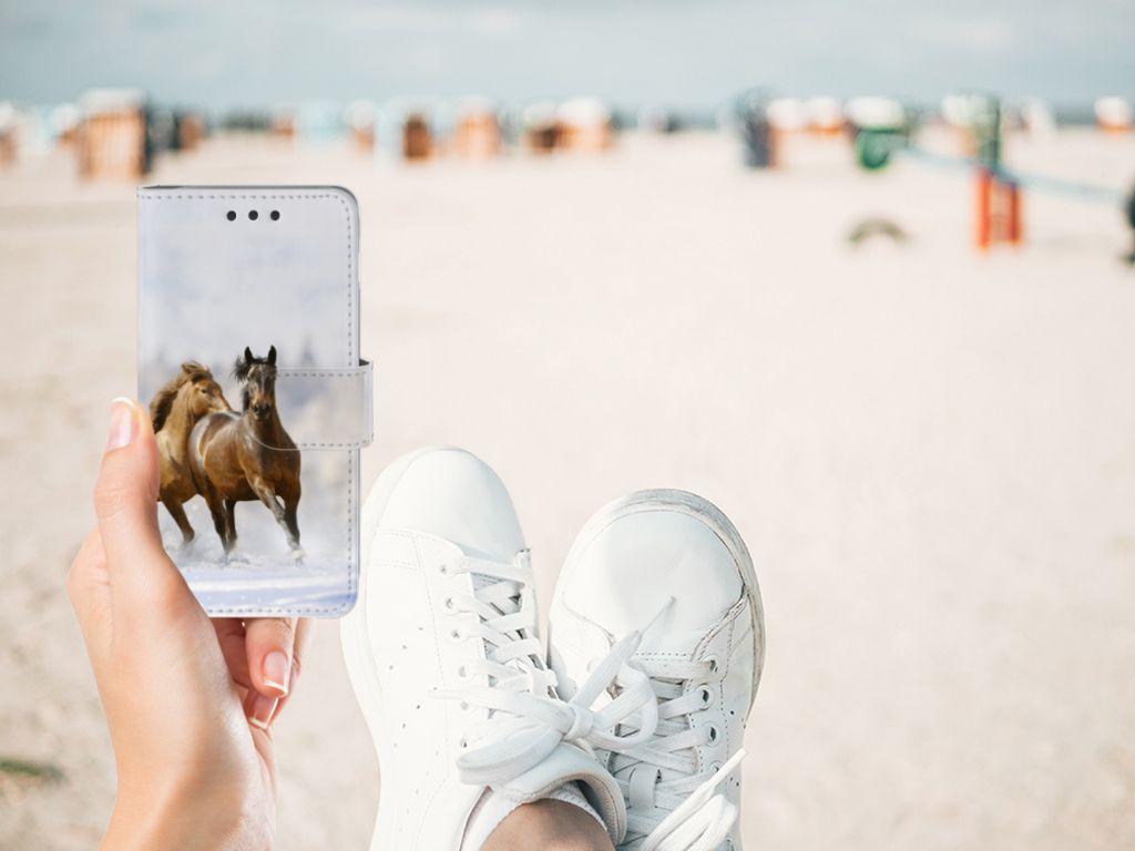 Samsung Galaxy A3 2016 Telefoonhoesje met Pasjes Paarden