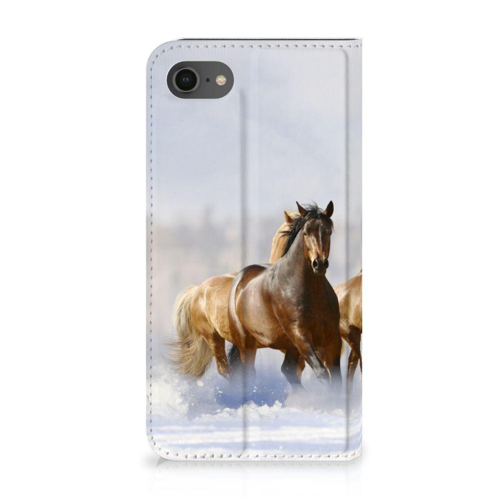 Apple iPhone 7 | 8 Uniek Standcase Hoesje Paarden