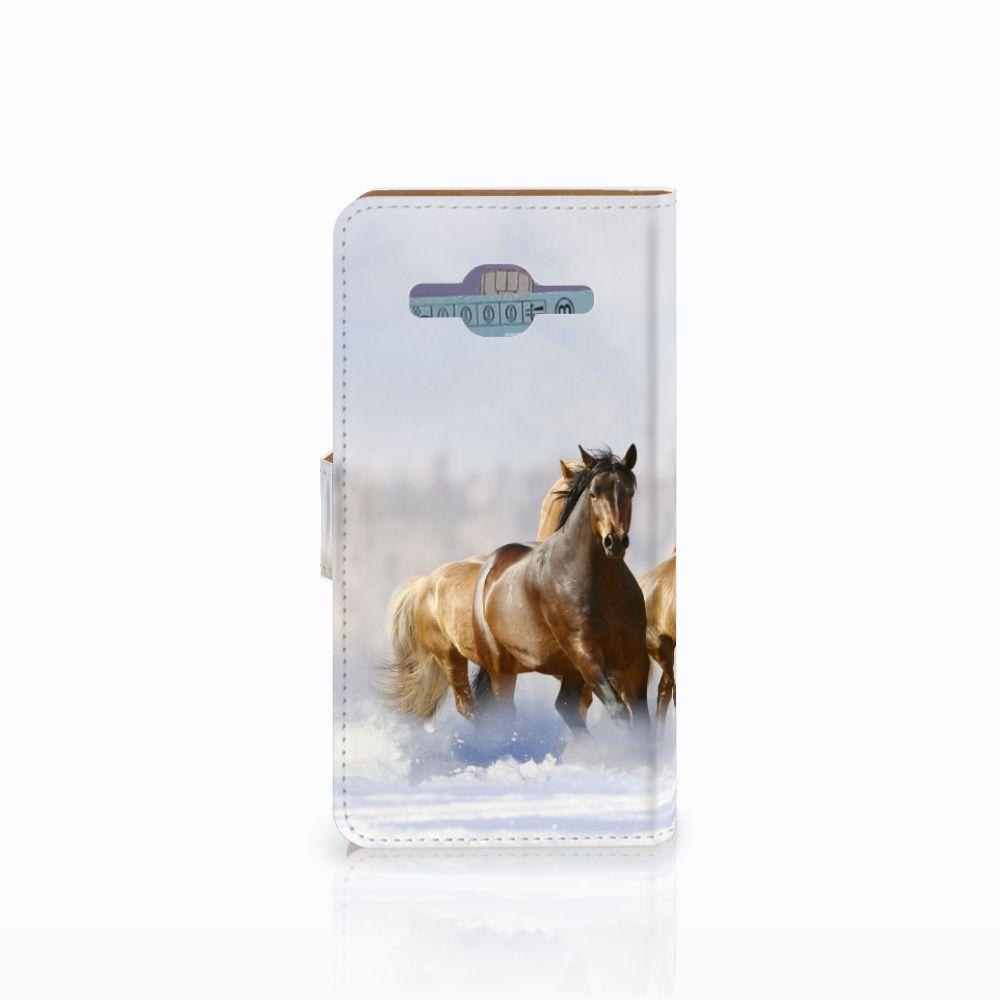 Samsung Galaxy J2 2016 Telefoonhoesje met Pasjes Paarden