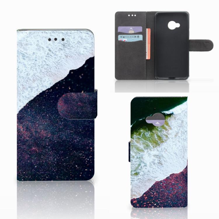 HTC U Play Bookcase Sea in Space