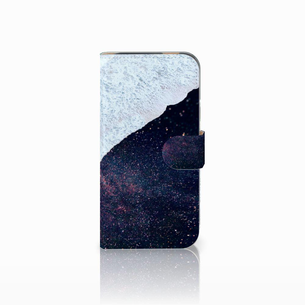 HTC One M8 Bookcase Sea in Space
