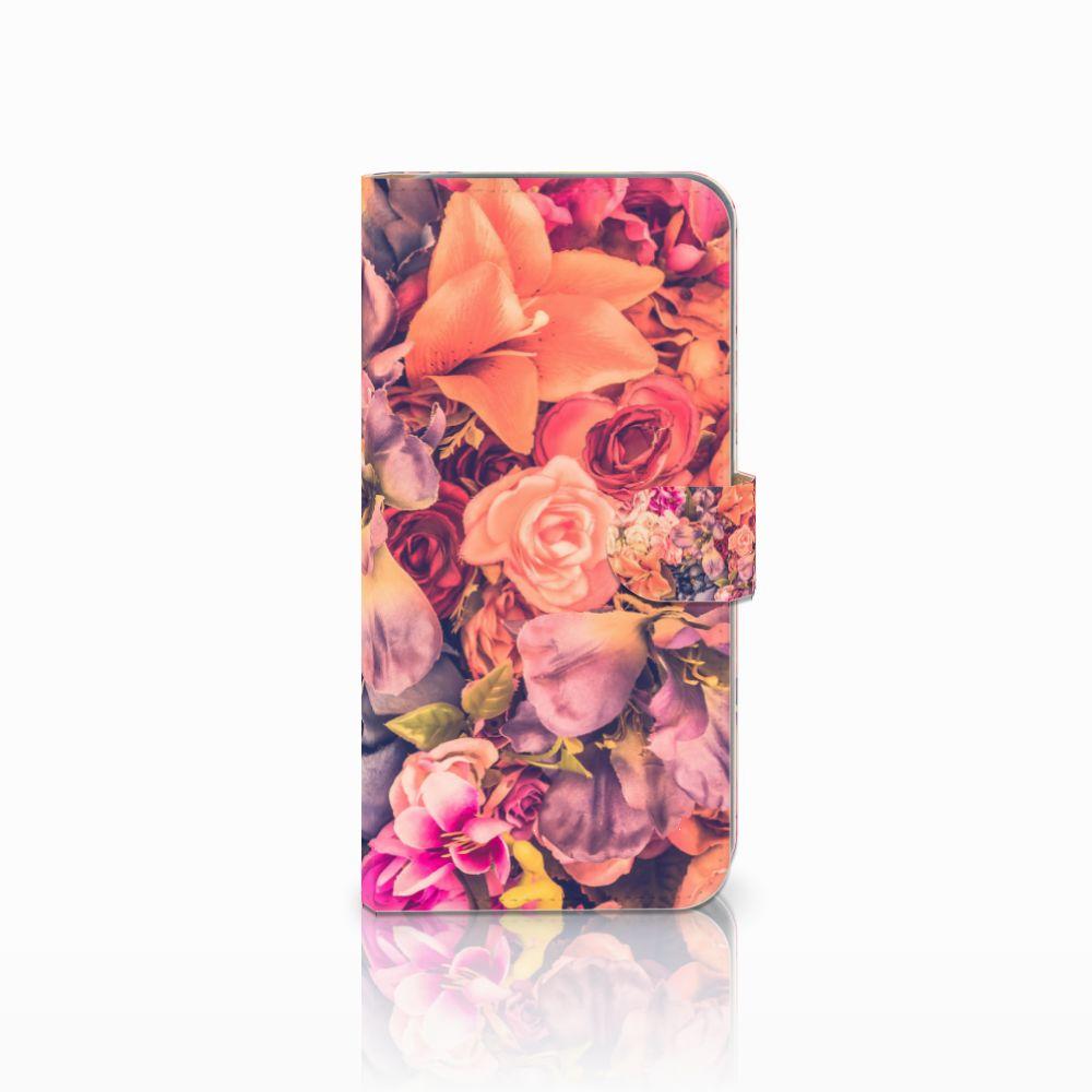 HTC Desire 10 Pro Boekhoesje Design Bosje Bloemen