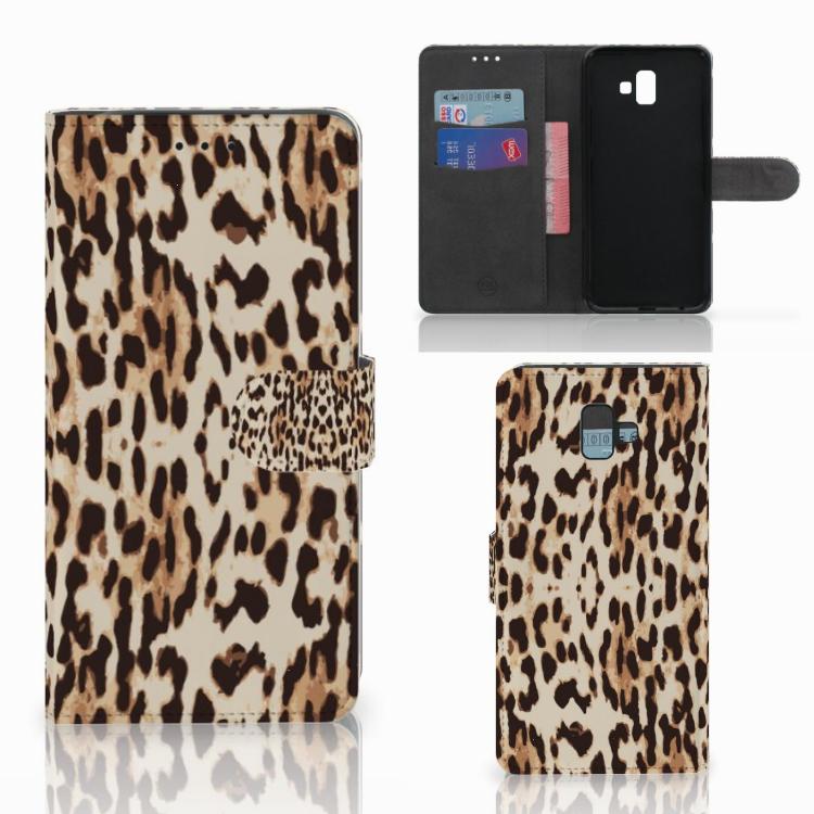 Samsung Galaxy J6 Plus (2018) Telefoonhoesje met Pasjes Leopard