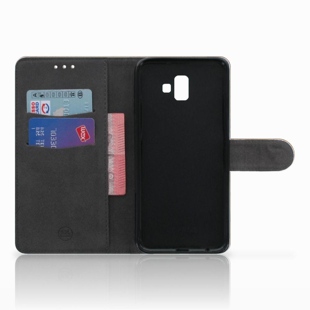 Samsung Galaxy J6 Plus (2018) Uniek Boekhoesje Donker Hout