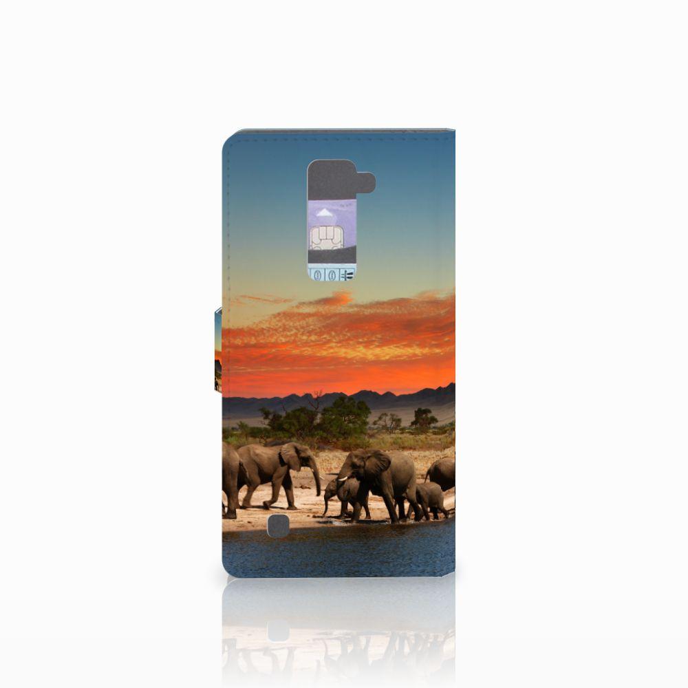 LG K10 2015 Telefoonhoesje met Pasjes Olifanten