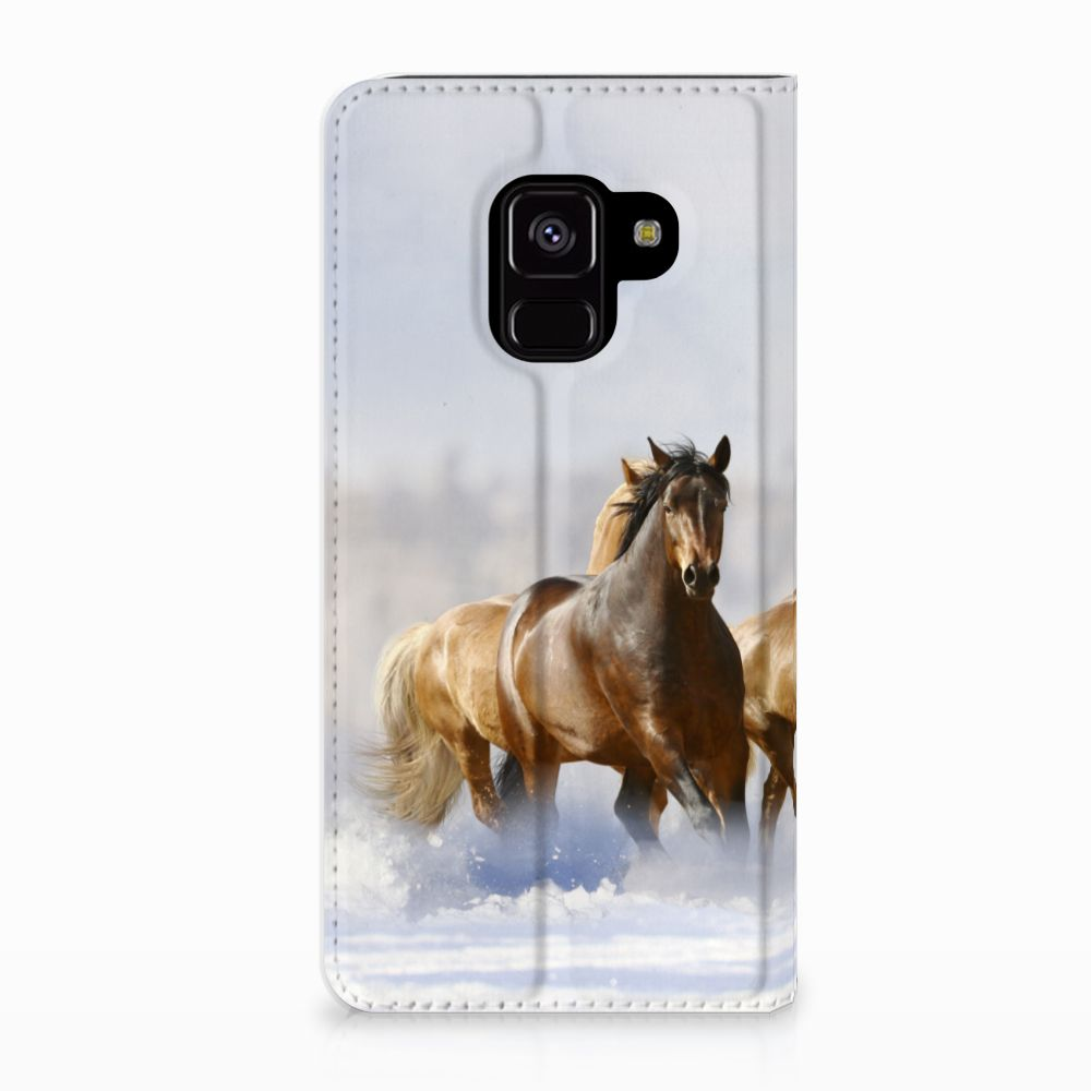 Samsung Galaxy A8 (2018) Uniek Standcase Hoesje Paarden