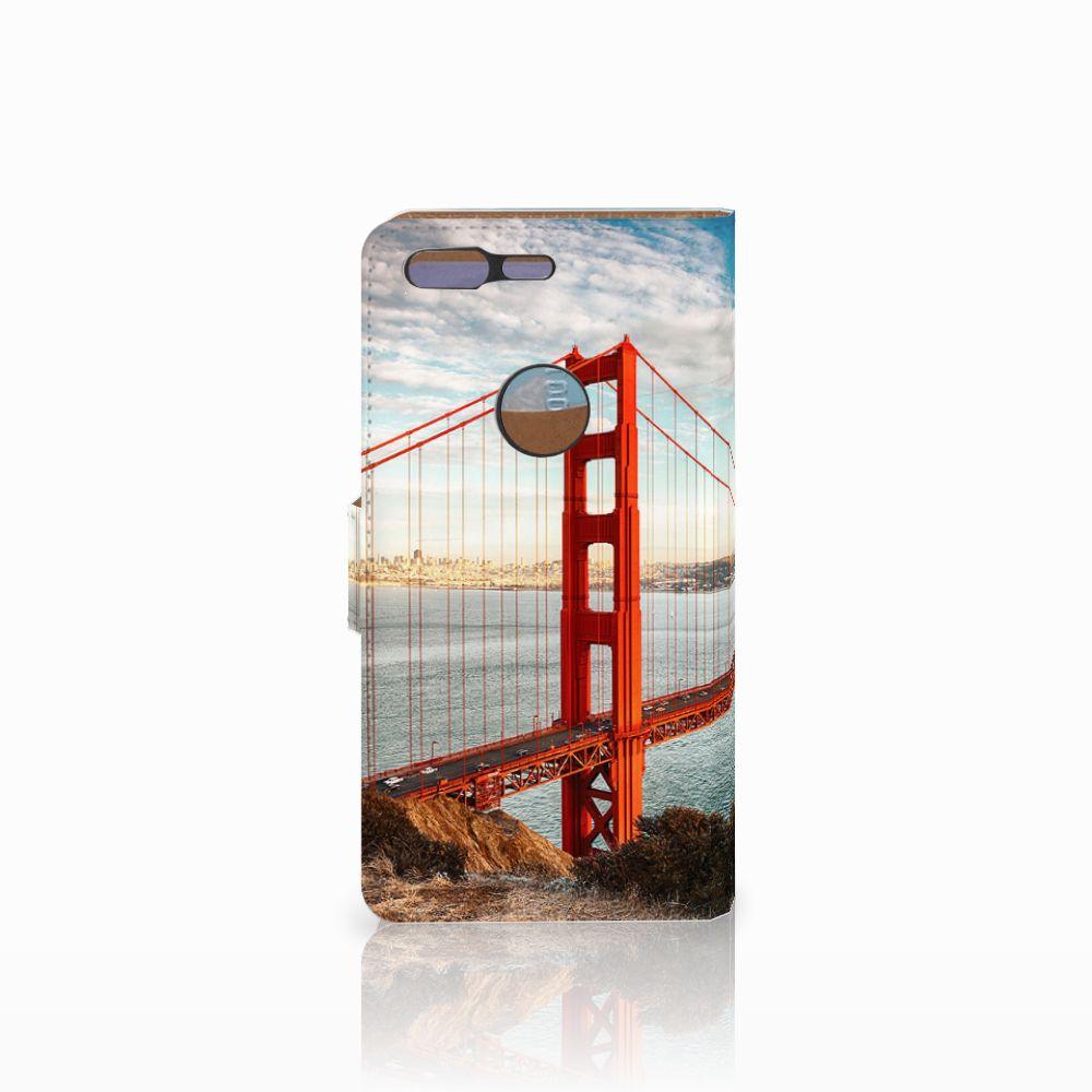 Google Pixel Flip Cover Golden Gate Bridge