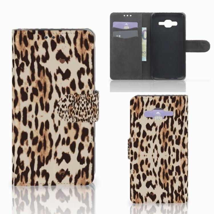 Samsung Galaxy J5 (2015) Telefoonhoesje met Pasjes Leopard