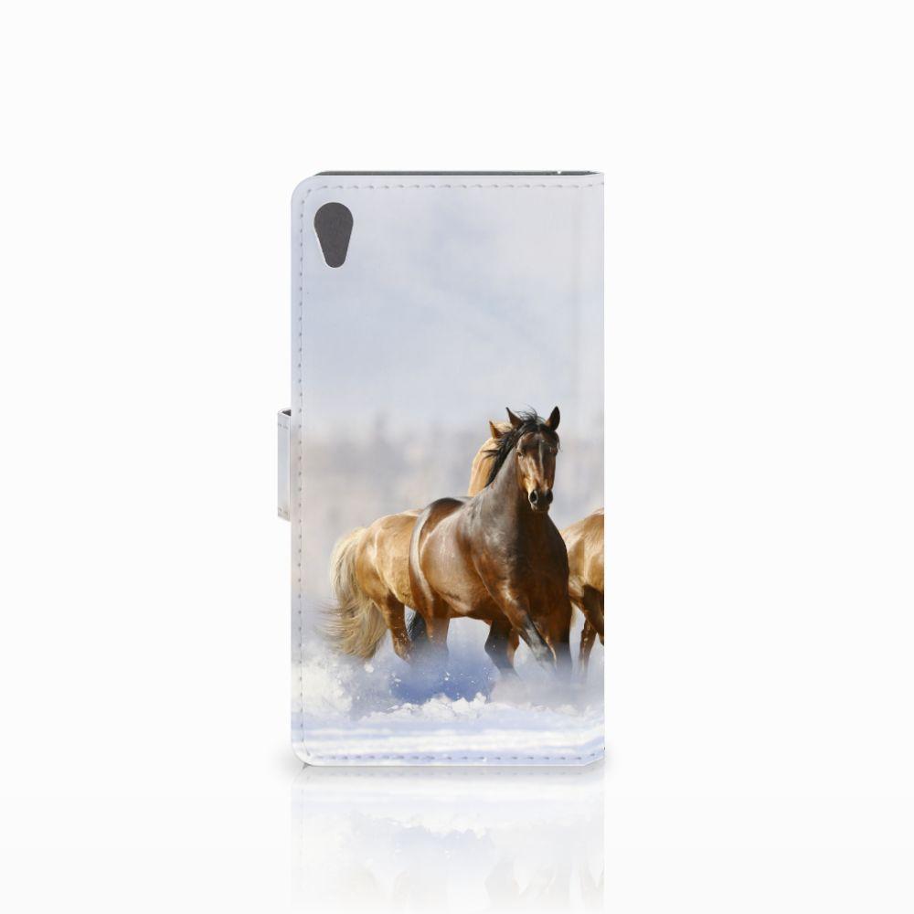 Sony Xperia E5 Telefoonhoesje met Pasjes Paarden