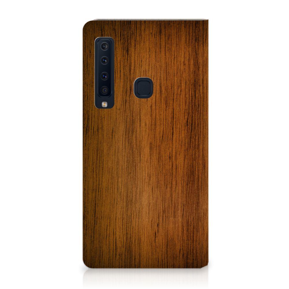 Samsung Galaxy A9 (2018) Uniek Standcase Hoesje Donker Hout