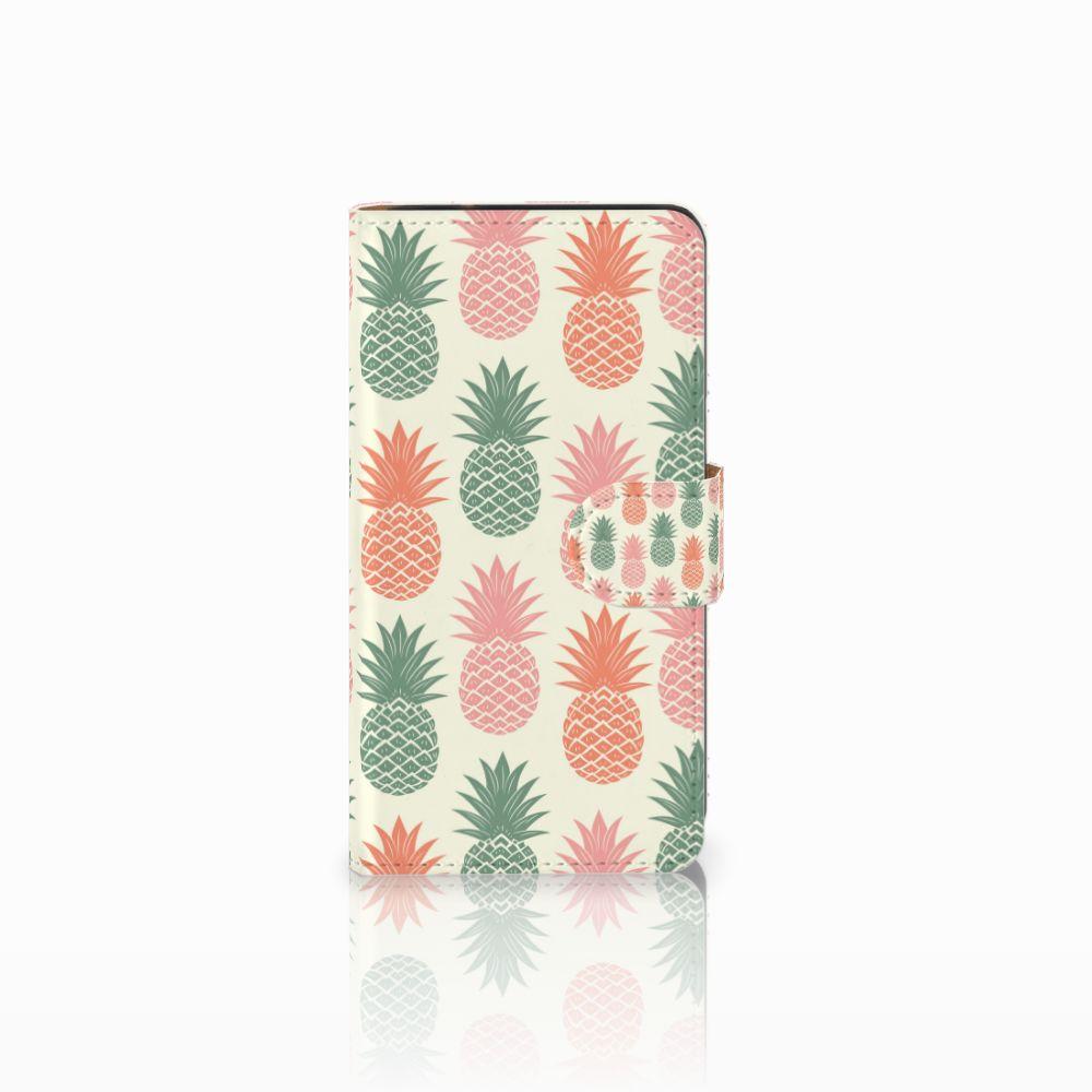 Samsung Galaxy J2 (2015) Boekhoesje Design Ananas