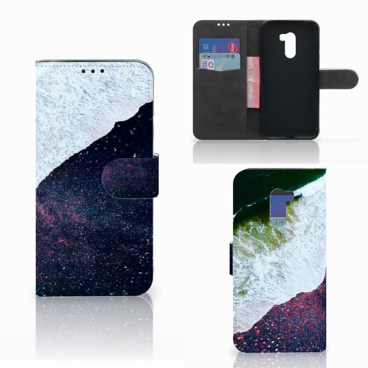 Xiaomi Pocophone F1 Bookcase Sea in Space