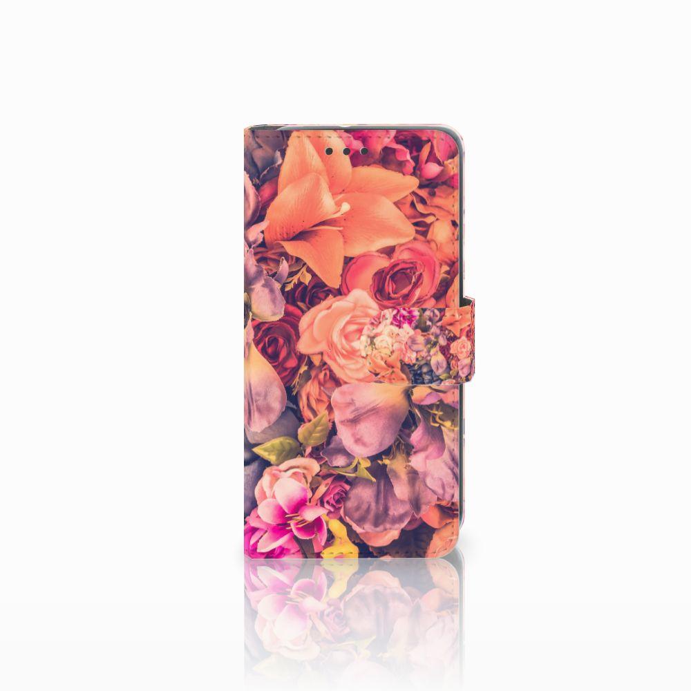 HTC U11 Life Boekhoesje Design Bosje Bloemen