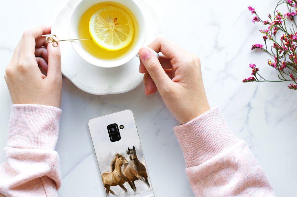 Samsung Galaxy A8 (2018) Uniek TPU Hoesje Paarden