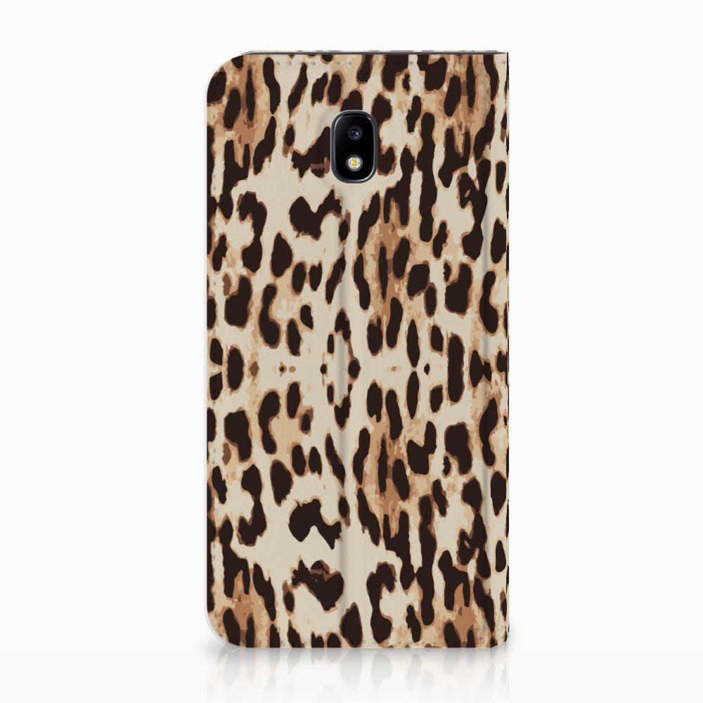 Samsung Galaxy J5 2017 Uniek Standcase Hoesje Leopard