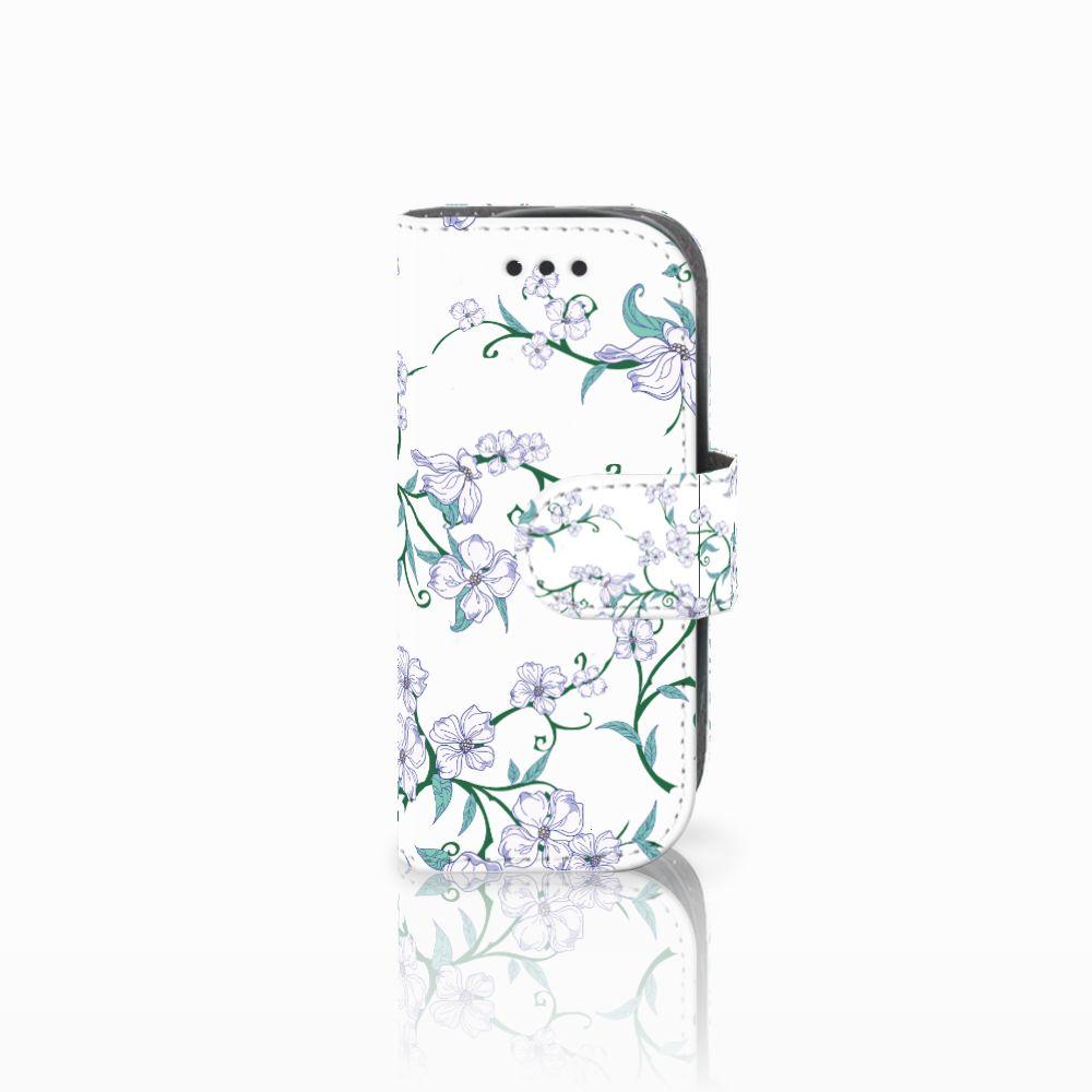 Nokia 3310 (2017) Uniek Boekhoesje Blossom White