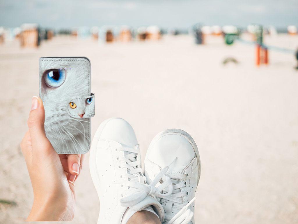 Apple iPhone 4 | 4S Telefoonhoesje met Pasjes Witte Kat