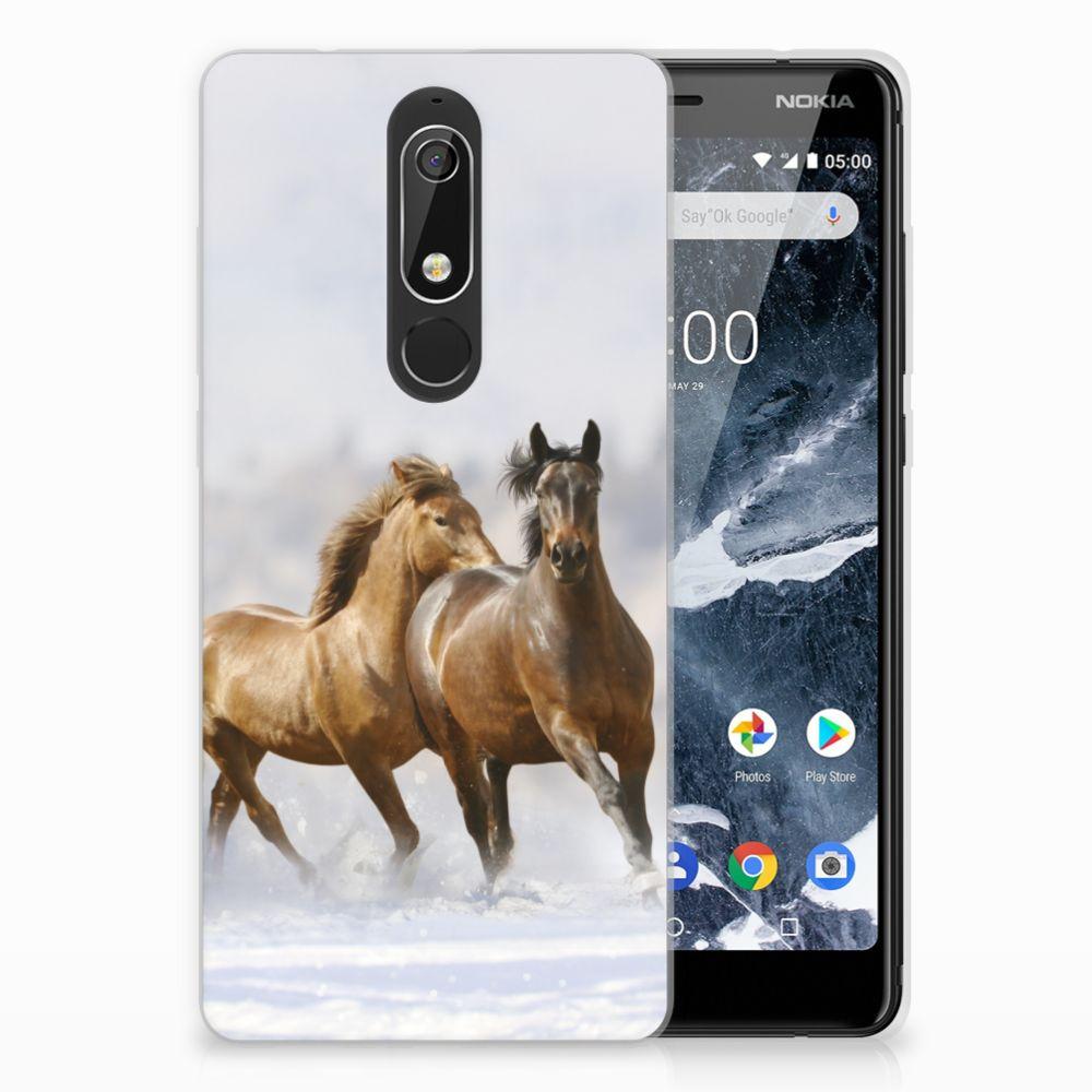 Nokia 5.1 (2018) Uniek TPU Hoesje Paarden