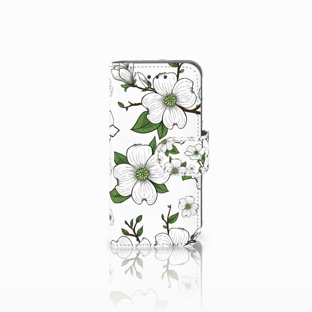 Apple iPod Touch 5 | 6 Boekhoesje Design Dogwood Flowers
