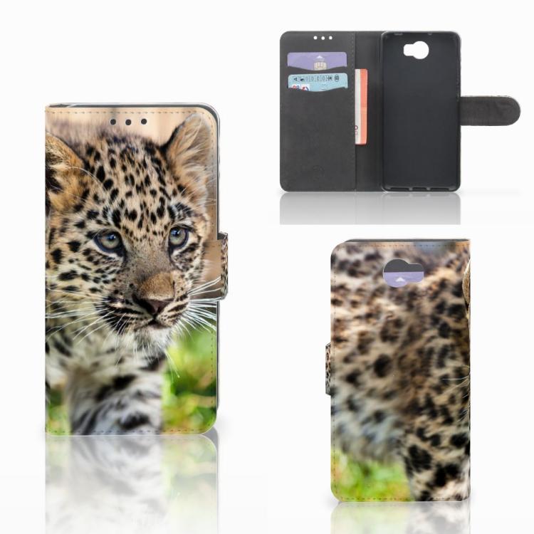 Huawei Y5 2 | Y6 II Compact Telefoonhoesje met Pasjes Baby Luipaard