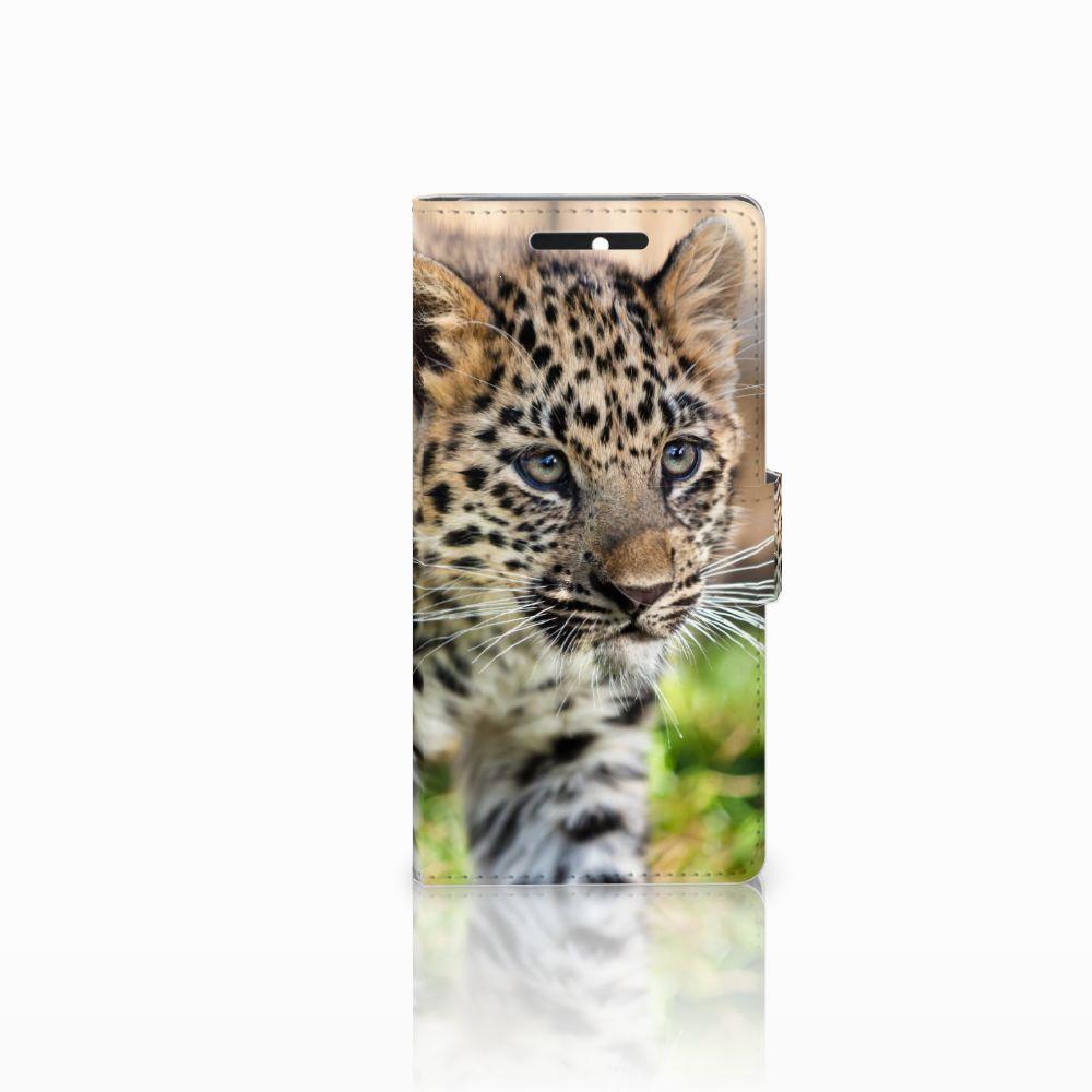 HTC Desire 628 Telefoonhoesje met Pasjes Baby Luipaard