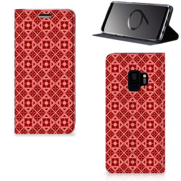Samsung Galaxy S9 Hoesje met Magneet Batik Rood