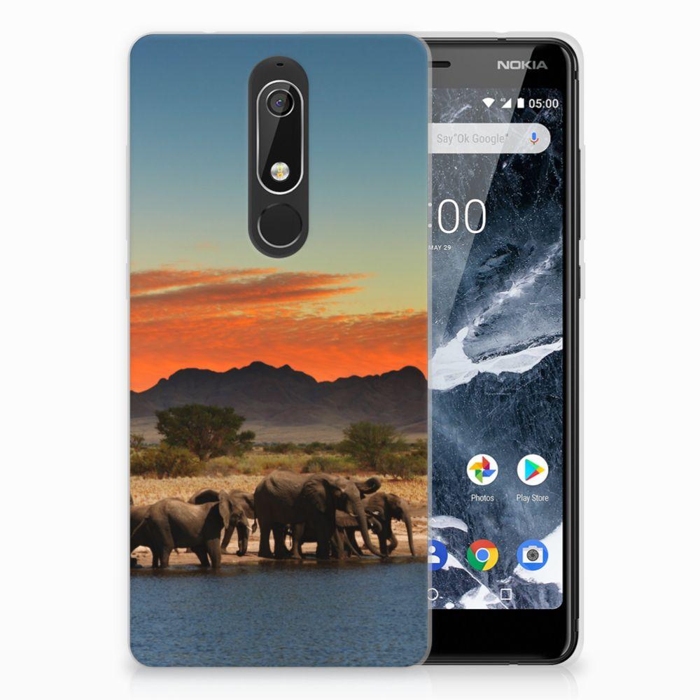 Nokia 5.1 (2018) TPU Hoesje Design Olifanten