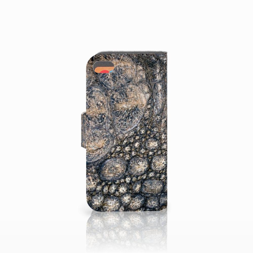 Apple iPhone 5C Telefoonhoesje met Pasjes Krokodillenprint