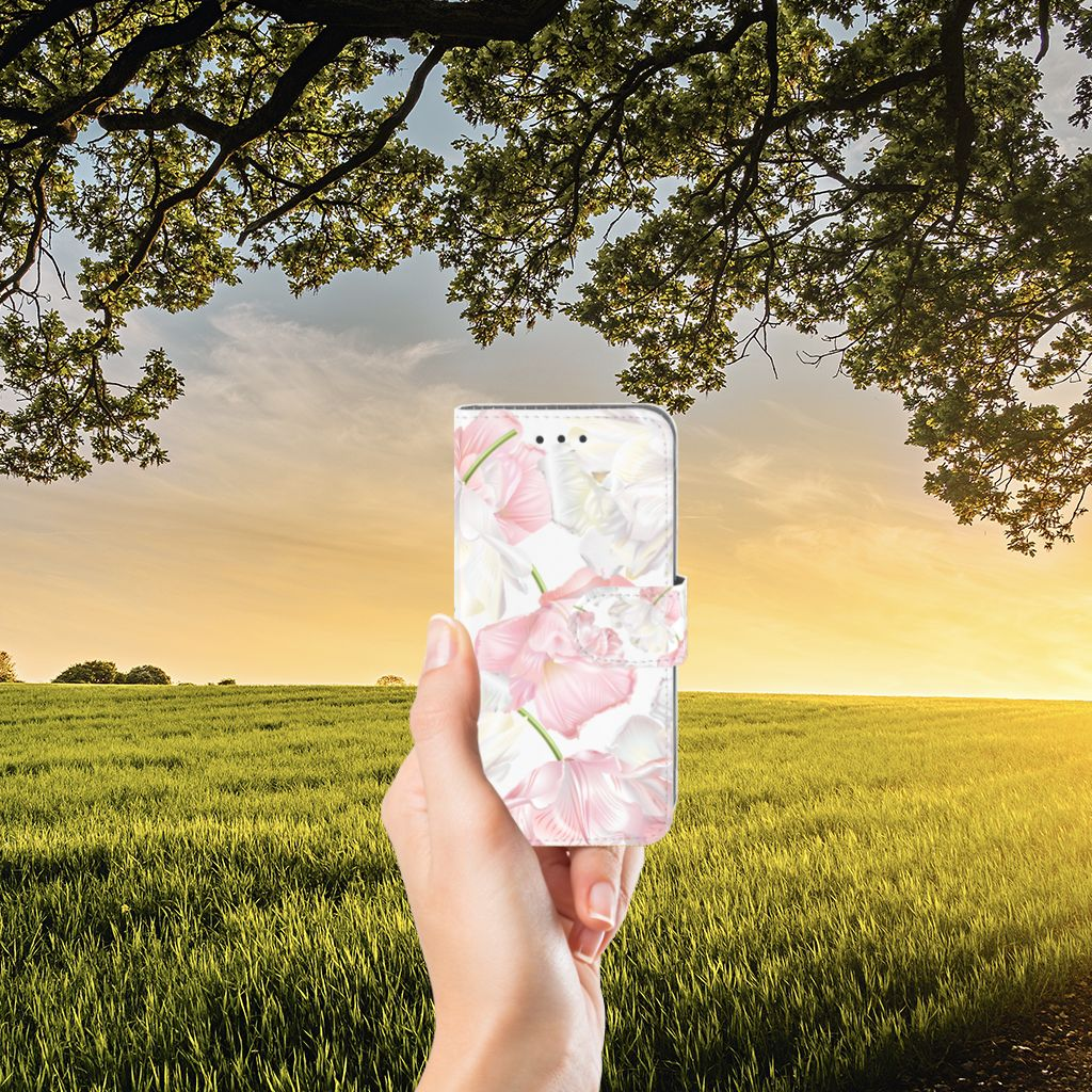 Samsung Galaxy J3 2016 Boekhoesje Design Lovely Flowers