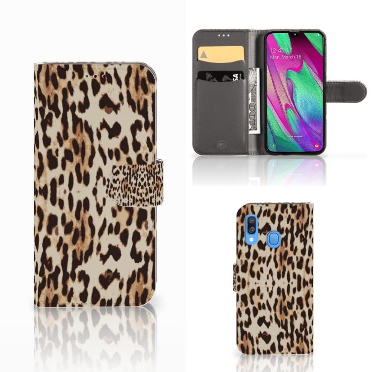 Samsung Galaxy A40 Telefoonhoesje met Pasjes Leopard