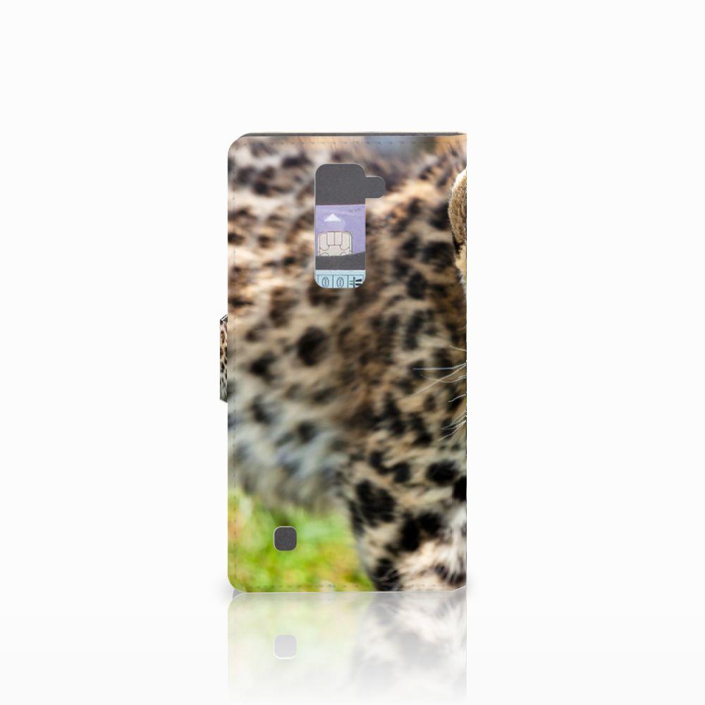 LG K10 2015 Telefoonhoesje met Pasjes Baby Luipaard