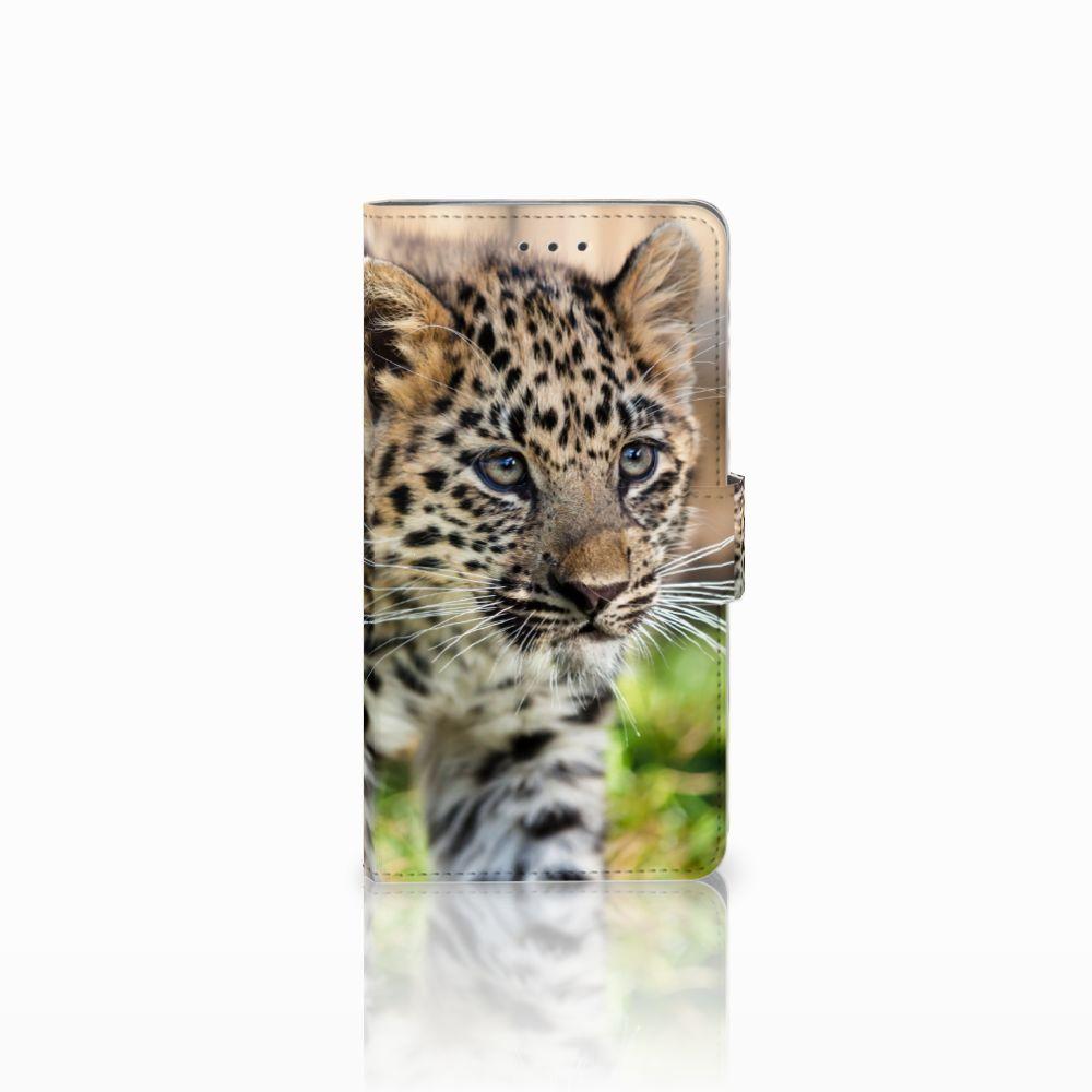 Samsung Galaxy J7 2016 Telefoonhoesje met Pasjes Baby Luipaard