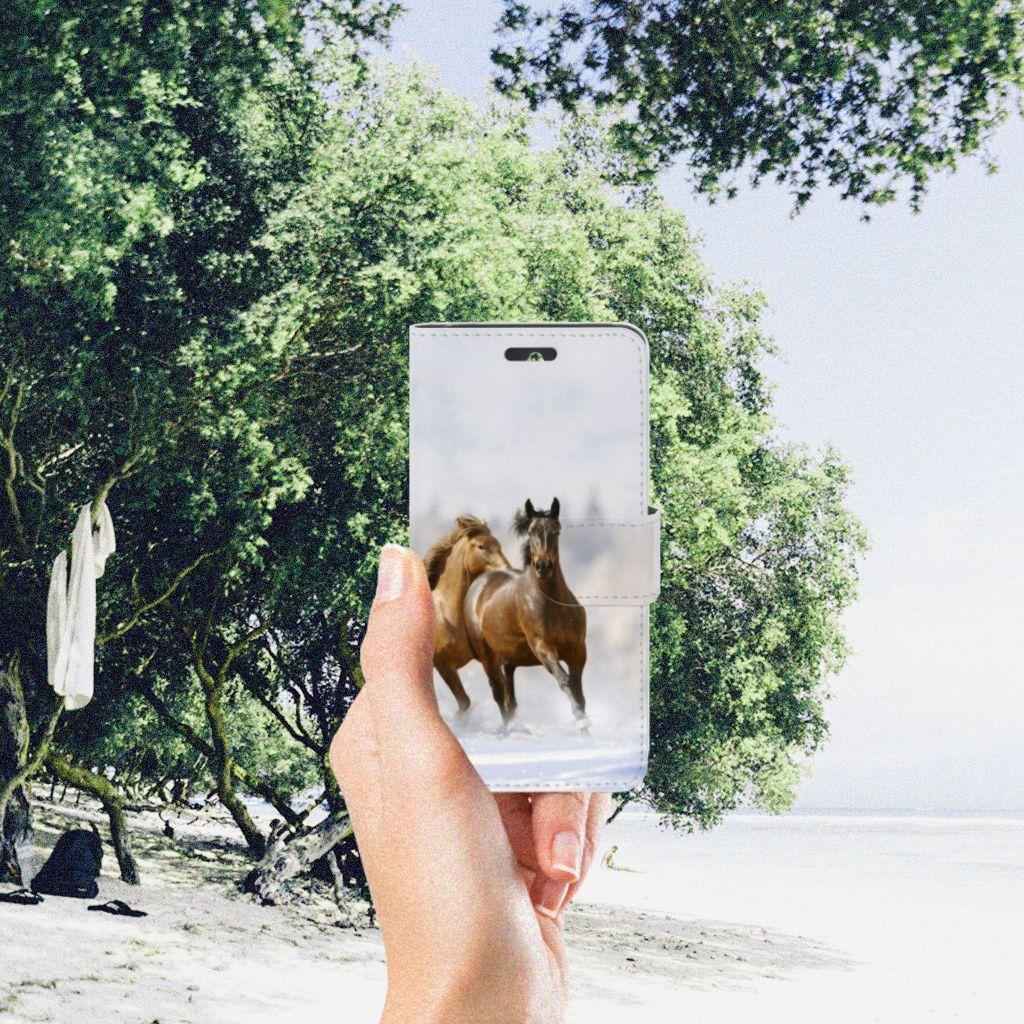 Huawei Ascend Y550 Telefoonhoesje met Pasjes Paarden