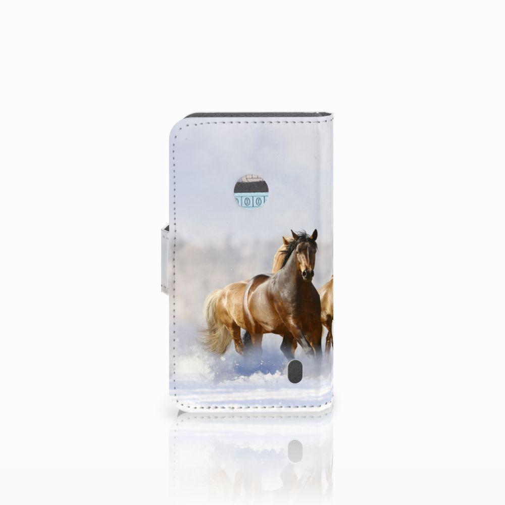 Nokia Lumia 520 Telefoonhoesje met Pasjes Paarden