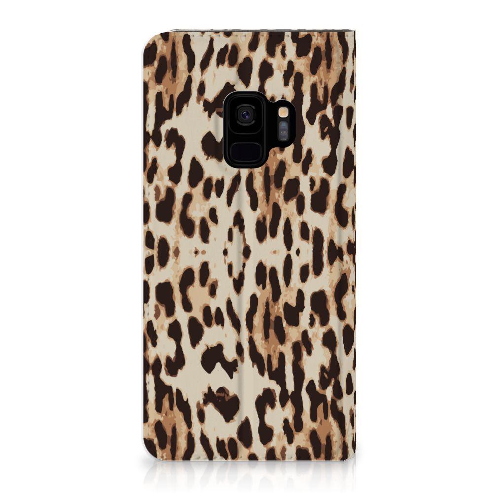 Samsung Galaxy S9 Uniek Standcase Hoesje Leopard
