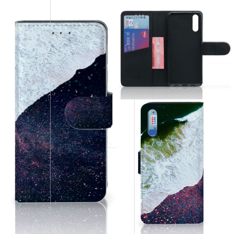Huawei P20 Bookcase Sea in Space