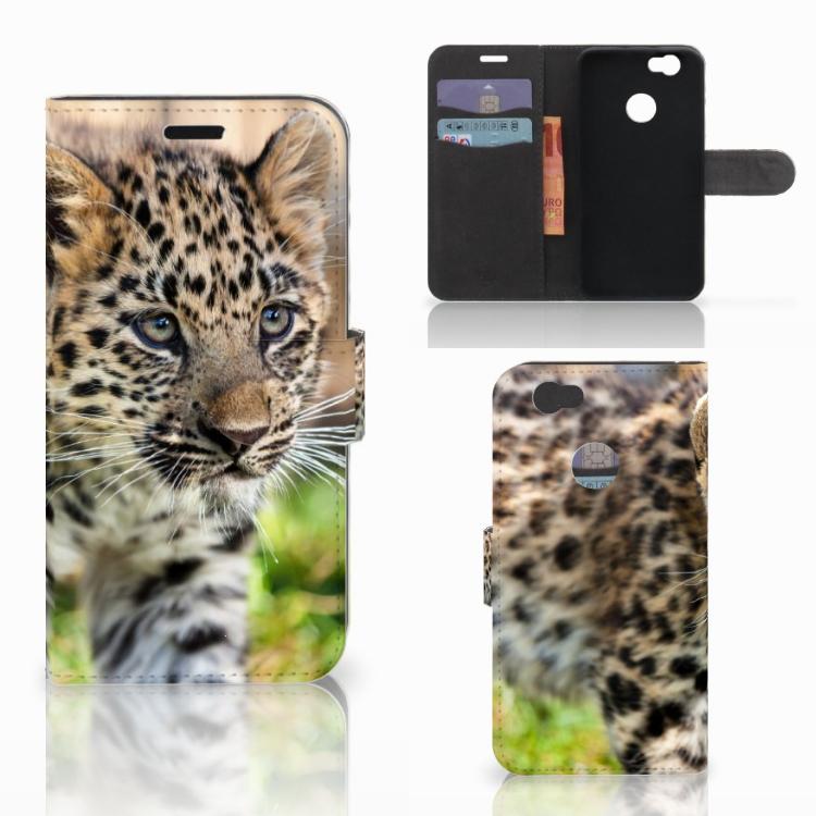Huawei Nova Telefoonhoesje met Pasjes Baby Luipaard